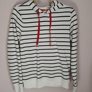 Izod hoodie size small